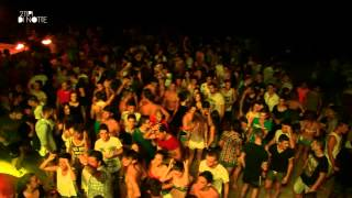 2-tipi-di-notte-nicotera-ibiza-beach-party